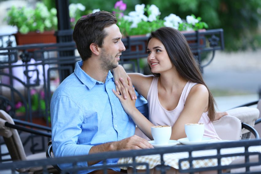 dating-someone-who-lives-in-another-country